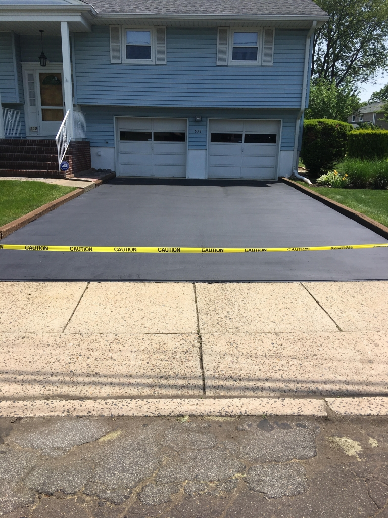 Residential Asphalt Sealcoating After - Bergen County Sealcoating